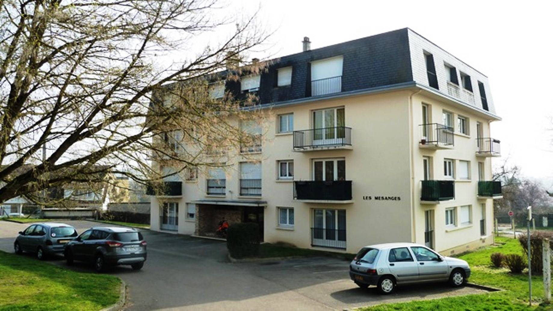 A vendre appartement de type f2 louviers 27400 for Appartement f2